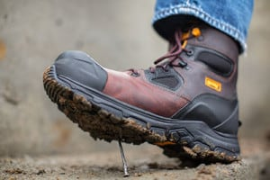 The Best Work Boots For Landscapers, Electricians, Plumbers ...